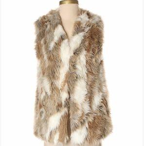 Adrienne Landau Size  Large Faux Fur Vest